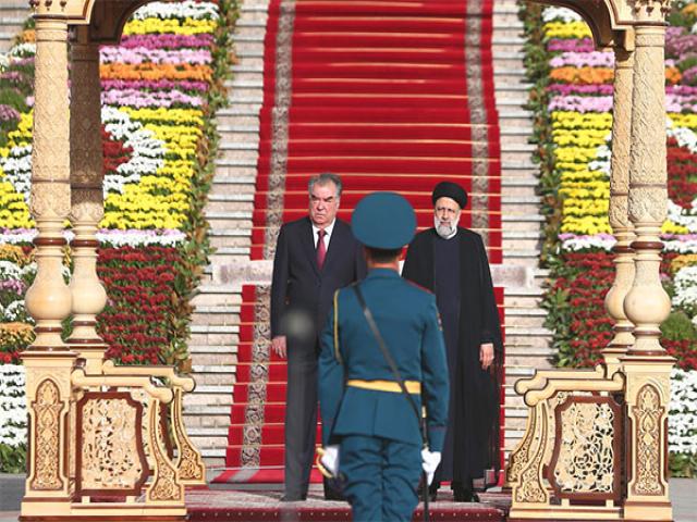 استقبال رسمی رئیس جمهور تاجیکستان از ابراهیم رئیسی