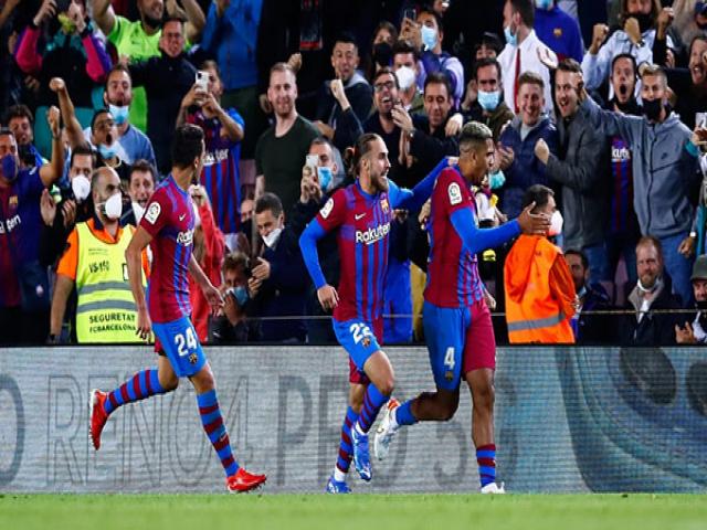 بارسلونا 1-1 گرانادا؛ نمایش ضعیف بارسلونا تاکتیک های کومان را زیر سوال برد