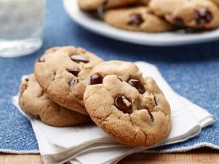 طرز تهیه کوکی شکلاتی + نکاتی برای ترد و خوشمزه شدن آن