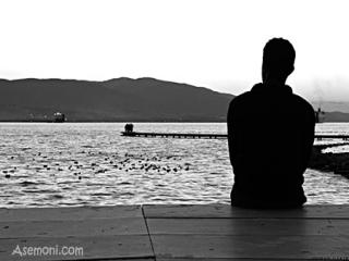 باز چرا تنها نشستی چرا باز چشماتو بستی؟
