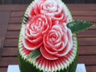 طراحی زیبا روی هندوانه