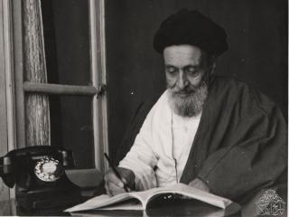 30 تیر ، روز بزرگداشت آیت الله سید ابوالقاسم کاشانی