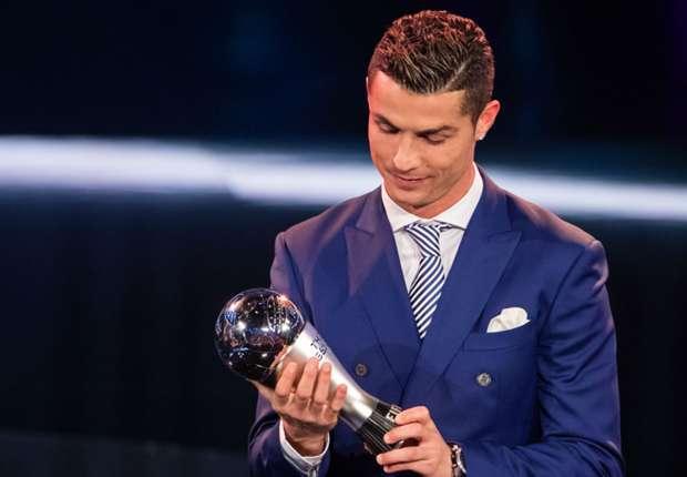 cristiano-ronaldo-best-fifa-mens-award-09012017_3dbf58hzhrl815atbojbt3rak