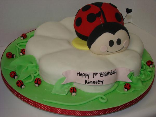 Lady-Bug-Cake