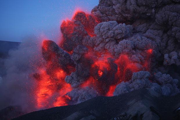 rietze1-eruption-b_1638257i