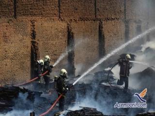 جدال 150 آتش نشان با آتش در انبار یک هکتاری چوب