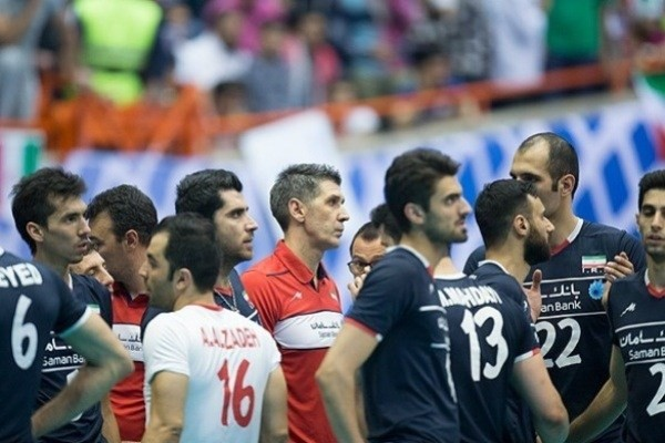 The first home defeat of the national volleyball team(3)