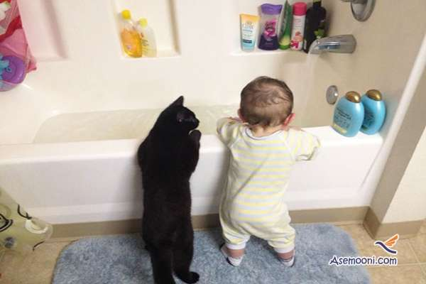 the-kids-and-their-cat(10)