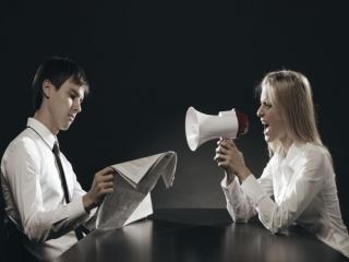 چهار سیاست زنانه برای حرف شنو کردن مردان