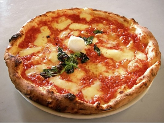 محبوب ترین پیتزاها در 15 منطقه دنیا