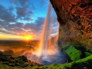 جاذبه های گردشگری زیبا و منحصر به فرد جهان