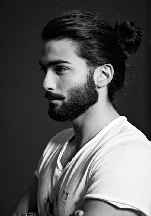 2016-Long-Hair-With-Top-Knot-Trendy-Hairstyles-For-Men