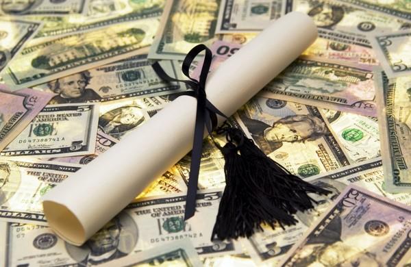 scholarship-benefits-for-investors