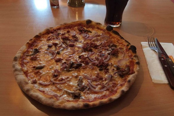 the-most-popular-pizza-in-15-world-area(6)