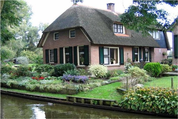 village-without-the-street-in-netherlands(11)