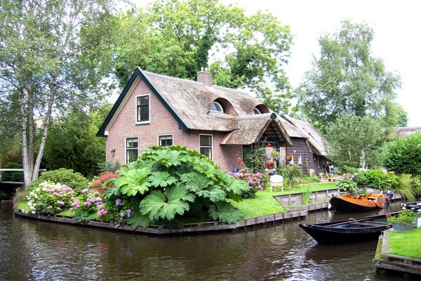 village-without-the-street-in-netherlands(4)