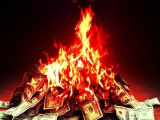 60 کشاورز گیلانی پول های خود را آتش زدند