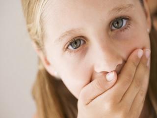 10 علت که دهان را بدبو میکند