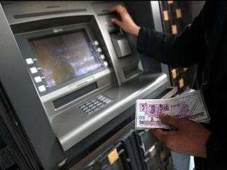 تکرار تاخیر در پرداخت یارانه نقدی وزیر اقتصاد را به مجلس میکشاند