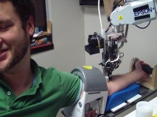 استفاده از ربات در آزمایشگاه