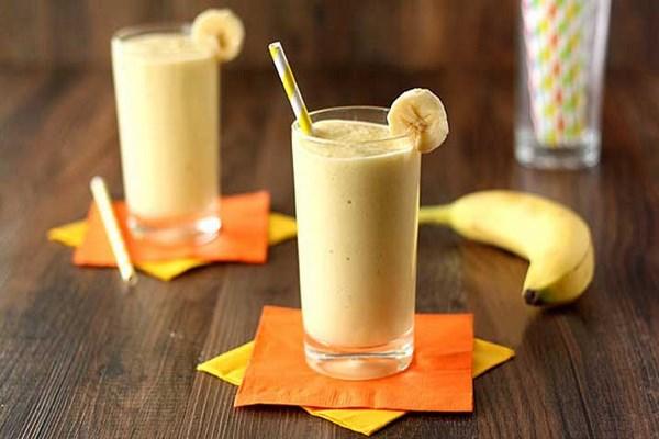 peach-and-banana-milkshake