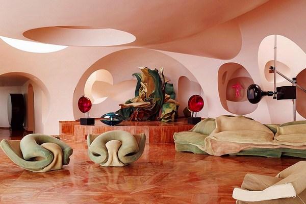 strange-hotel-in-france (3)