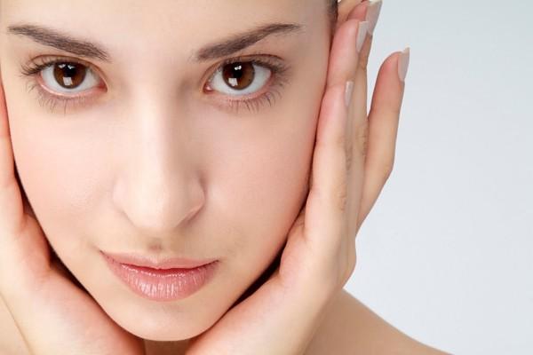use-moisturizer(1)