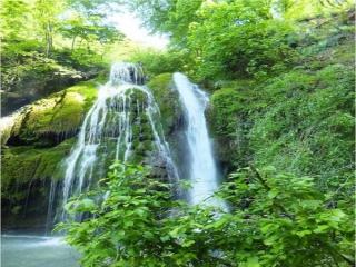 آبشار کبودوال، تنها آبشار خزه ای ایران