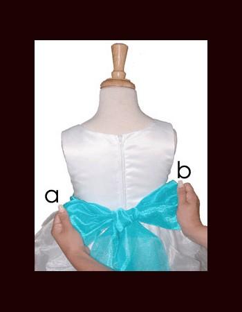 close-bow-tie-shirt-girl(1)