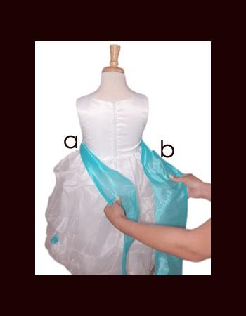 close-bow-tie-shirt-girl(9)
