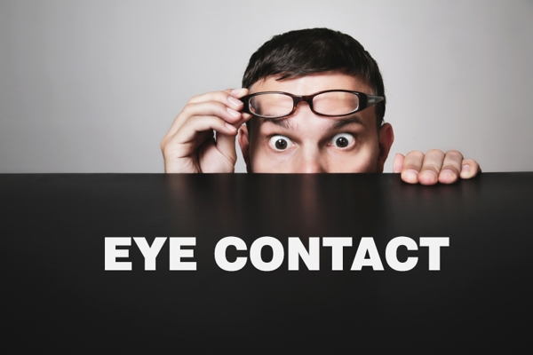 common-mistakes-in-eye-contact(1)