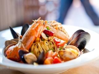 طرز تهیه خوراک میگو ایتالیایی