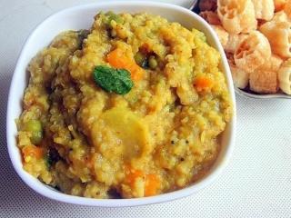 پوره مقوی برنج و سبزیجات برای کودکان