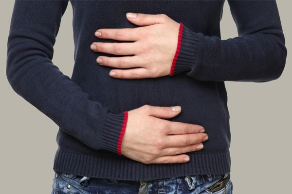 stomach-bloating-cure-with-traditional-medicine