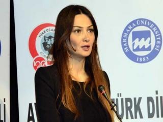 خواننده زن خارجی در ایران خواند