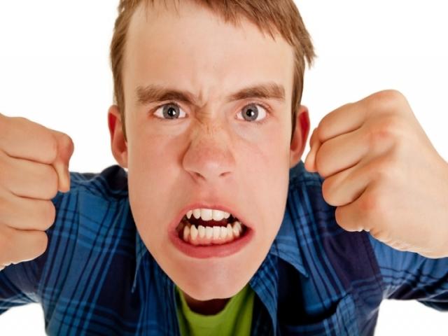 چگونه می توانیم بر خشم مسلط و آن را کنترل کنیم؟