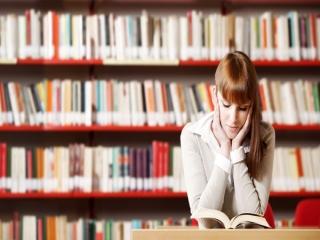 چرا مردم ایران از مطالعه مکتوب فاصله گرفتهاند؟