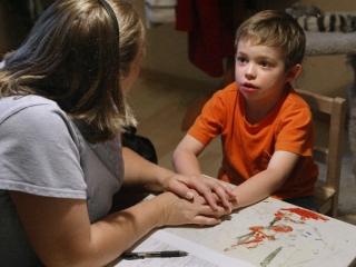 اوتیسم را در کودکان خود بشناسیم