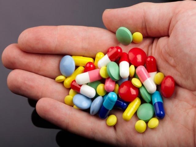 چرا آنتی بیوتیک نخوریم ؟