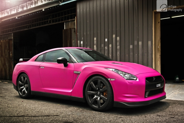 if-a-girl-spectacular-images-of-cars(9)