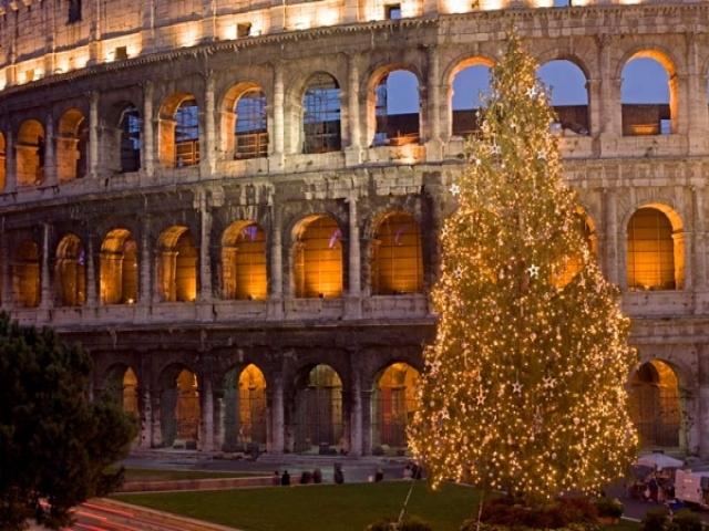 10 پایتخت زیبای دنیا برای تعطیلات کریسمس