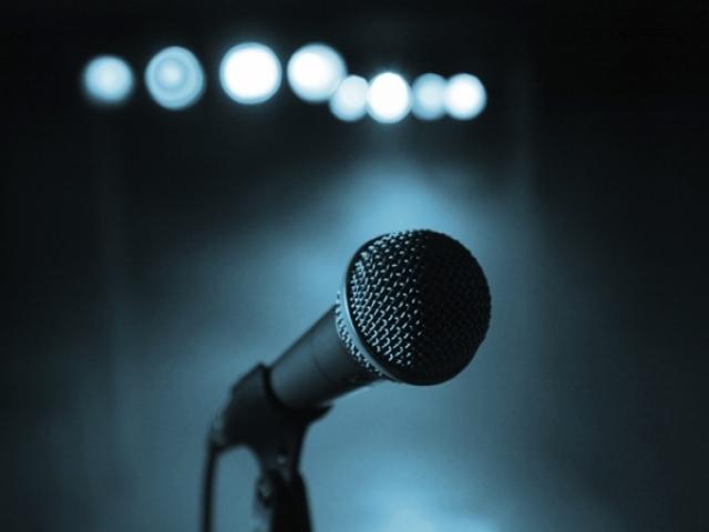7 روش ساده جهت بهبود سخنرانی در جمع