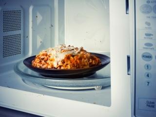 گرم کردن مجدد این غذاها بسیارخطرناک هستند