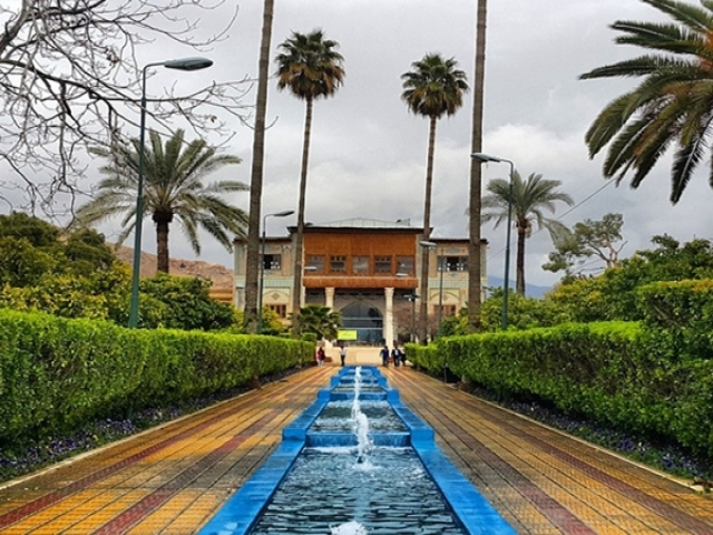 """""""باغ دلگشا شیراز"""" یکی از زیباترین باغ های تاریخی"""