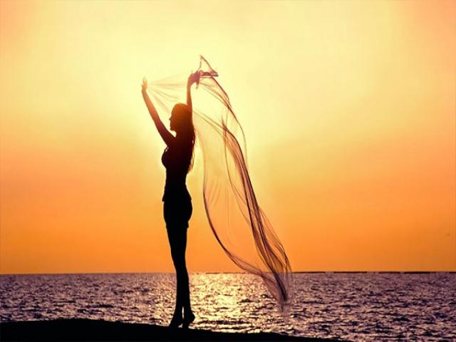 چرا مردان همیشه در رویای یک زن زیبا هستند؟