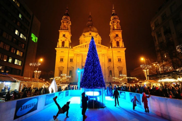 10 beautiful capital of the world for Christmas holidays 2016