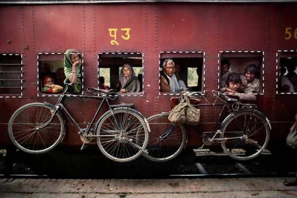 9-simple-thing-in-photography-is-to-say-steve-mccurry-national-geographic-photographer(15)