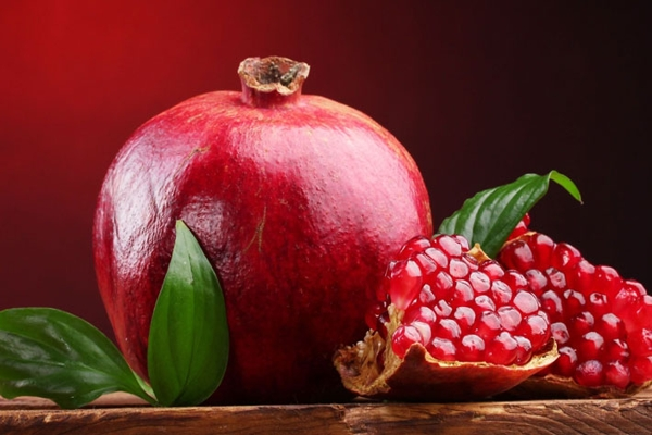 How do we pomegranate (Special Yalda)