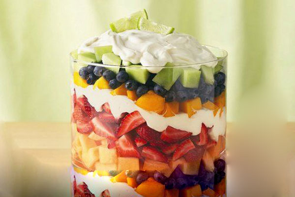 Layered-Fruit-Salad