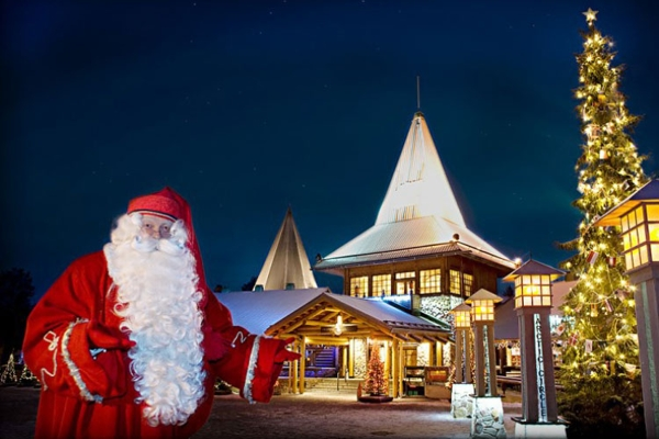 Spectacular images of towns and villages in the Christmas mood(35)